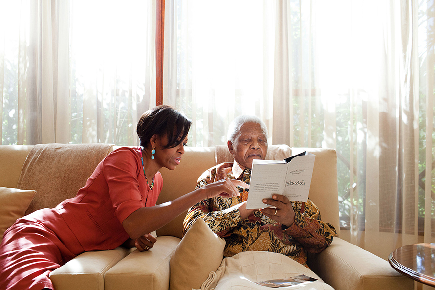 Michelle Obama with an ailing Nelson Mandela at his home in Houghton, Johannesburg, on 21 June 2011. (Samantha Appleton, Obama White House)