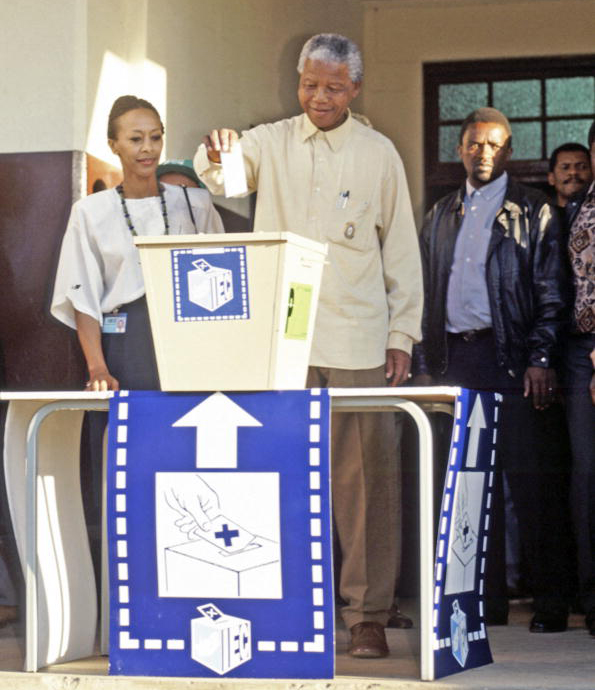 Nelson Mandela casts his vote in 1994
