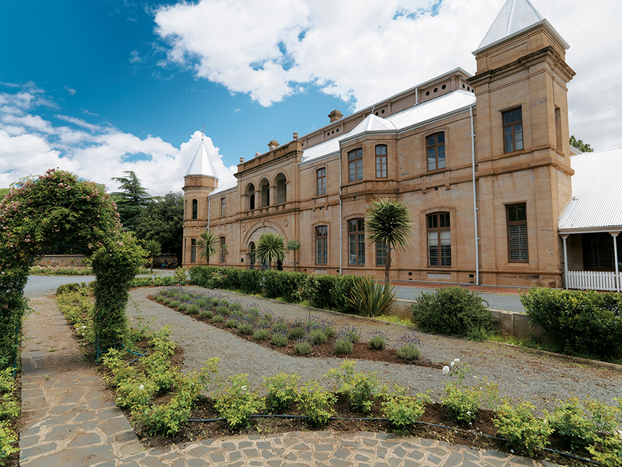 The Old Presidency building in Bloemfontein was the residence of presidents of the Orange Free State Boer republic from 1886 to 1900, the year the British captured the city during the South African (Anglo-Boer) War. It was designed by English architects Lennox Canning and F Goad, with later additions by Sir Herbert Baker. Today it is a museum focused on the lives and times of the Boer presidents. (Media Club South Africa)