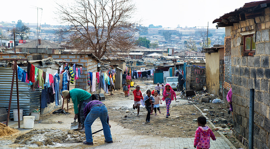 People are living there. Children play and adults work in Alexandra township, one of the poorest areas in Gauteng. Alex lies on the border of the wealthy suburb of Sandton, said to be the richest square mile in Africa. (CA Bloem, CC BY-NC-ND 2.0)